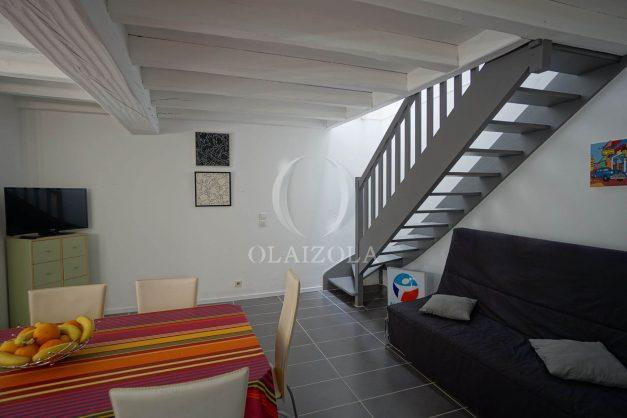 location-vacances-saint-jean-de-luz-appartement-2-chambres-terrasse-barbecue-parking-plage-acotz-lafitenia-surf-016