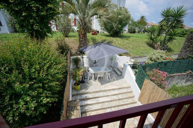 location-vacances-saint-jean-de-luz-appartement-2-chambres-terrasse-barbecue-parking-plage-acotz-lafitenia-surf-028