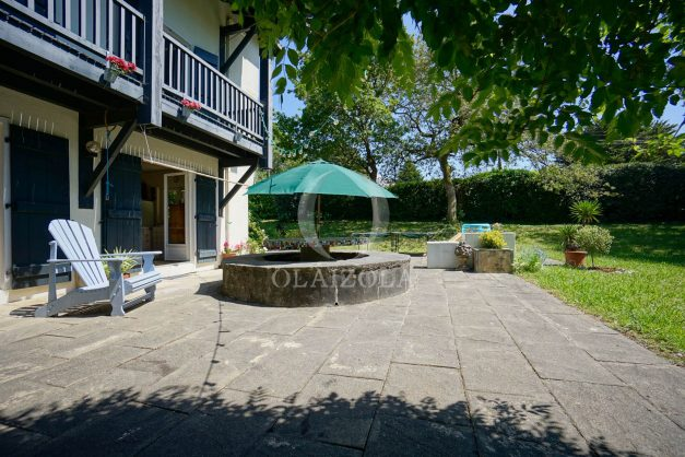 location-vacances-villa-8-pièces-bidart-jardin-terrasse-calme-proche-plage-007