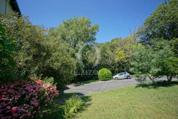 location-vacances-villa-8-pièces-bidart-jardin-terrasse-calme-proche-plage-009