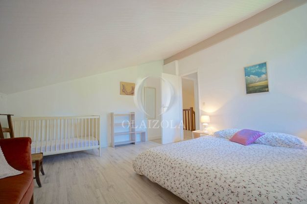 location-vacances-villa-8-pièces-bidart-jardin-terrasse-calme-proche-plage-036