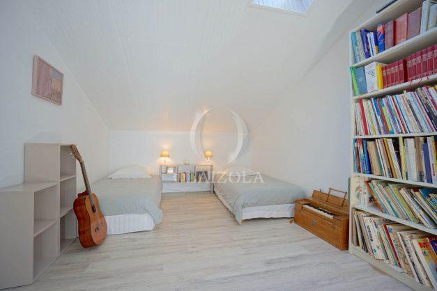 location-vacances-villa-8-pièces-bidart-jardin-terrasse-calme-proche-plage-037