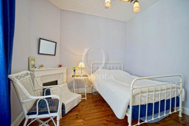 location-vacances-biarritz-appartement-ancien-plein-coeur-de-ville-port-vieux-chapeau-rouge-010