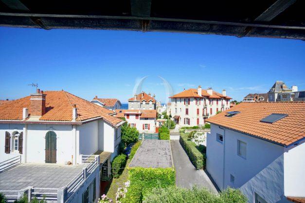 location-vacances-biarritz-appartement-centre-ville-proche-grande-plage-avec-parking-ideal-couple-avec-enfant-011
