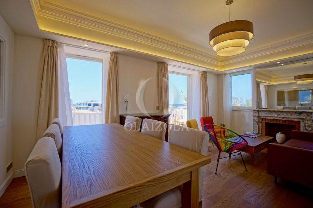 location-vacances-biarritz-plein-coeur-des-halles-vue-mer-terrasse-plage-a-pied-commerces-016