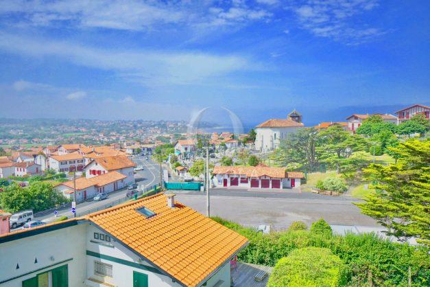 location-vacances-bidart-vue-mer-coeur-village-terrasse-plage-a-pied-002