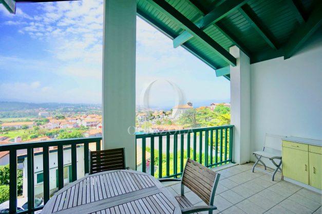 location-vacances-bidart-vue-mer-coeur-village-terrasse-plage-a-pied-004
