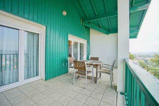 location-vacances-bidart-vue-mer-coeur-village-terrasse-plage-a-pied-005