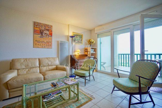location-vacances-bidart-vue-mer-coeur-village-terrasse-plage-a-pied-008