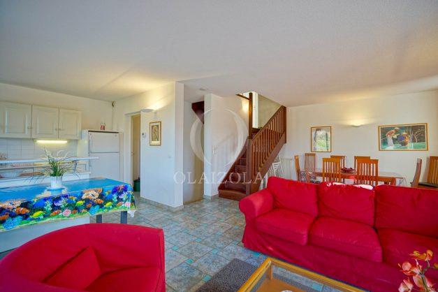 location-vacances-cote-basque-golf-villa-piscine-terrasse-makila-jardin-proche-plages-et-campagne-2021-12