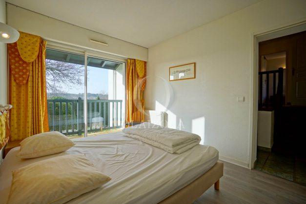 location-vacances-cote-basque-golf-villa-piscine-terrasse-makila-jardin-proche-plages-et-campagne-2021-23