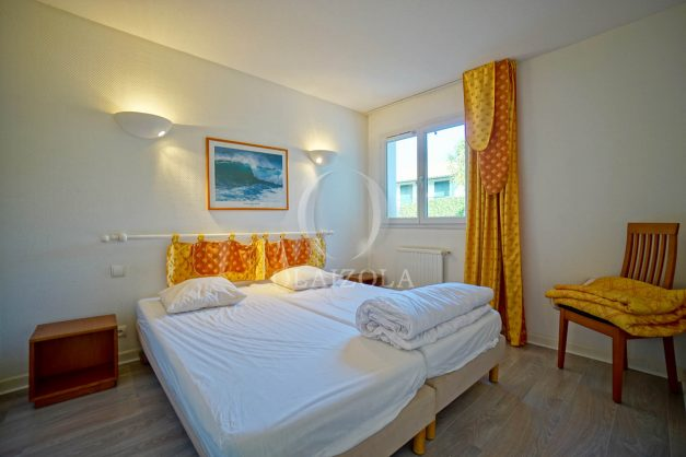 location-vacances-cote-basque-golf-villa-piscine-terrasse-makila-jardin-proche-plages-et-campagne-2021-29
