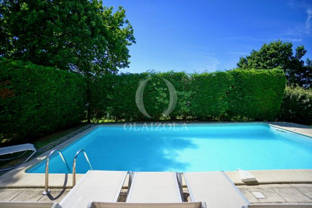 location-vacances-cote-basque-golf-villa-piscine-terrasse-makila-jardin-proche-plages-et-campagne-2021-5