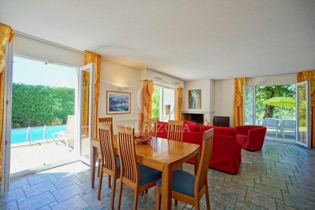 location-vacances-cote-basque-golf-villa-piscine-terrasse-makila-jardin-proche-plages-et-campagne-2021-6