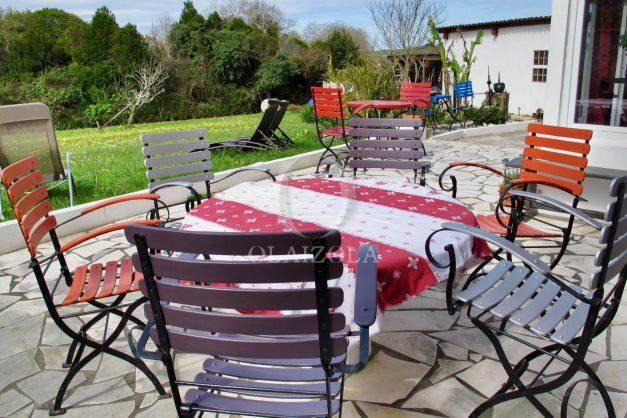 location-vacances-guethary-maison-mitoyenne-avec-jardin-terrasse-plage-a-pied-007
