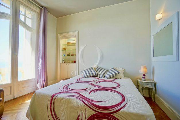 location-vacances-biarritz-appartement-vue-mer-standing-cote-des-basques-parking-terrasse-plein-sud-plage-a-pied-036