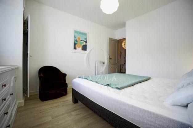 location-vacance-biarritz-t4-centre-ville-renove-balcon-terrasse-plage-a-pied-jardin-public-2019-030