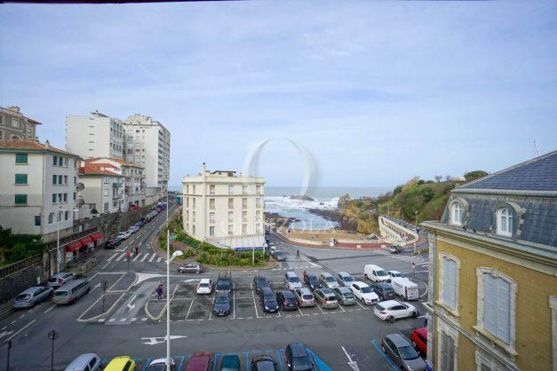 location-vacances-biarritz-appartement-T2-proche-centre-ville-plages-vue-mer-port-vieux-parking-002
