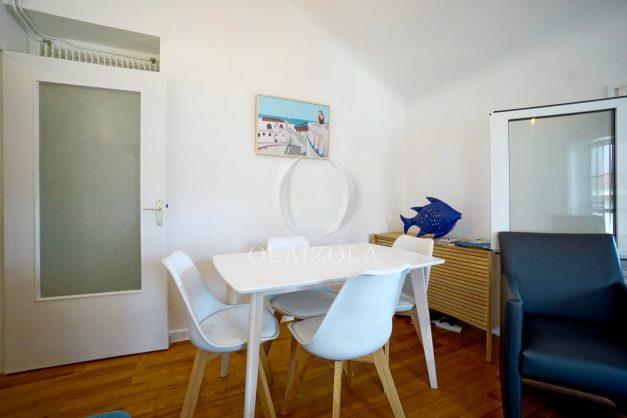 location-vacances-biarritz-appartement-T2-proche-centre-ville-plages-vue-mer-port-vieux-parking-007