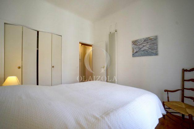 location-vacances-biarritz-appartement-T2-proche-centre-ville-plages-vue-mer-port-vieux-parking-015