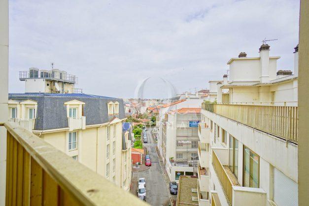 location-vacances-biarritz-appartement-proche-grande-plage-centre-ville-refait-a-neuf-4-personnes-004
