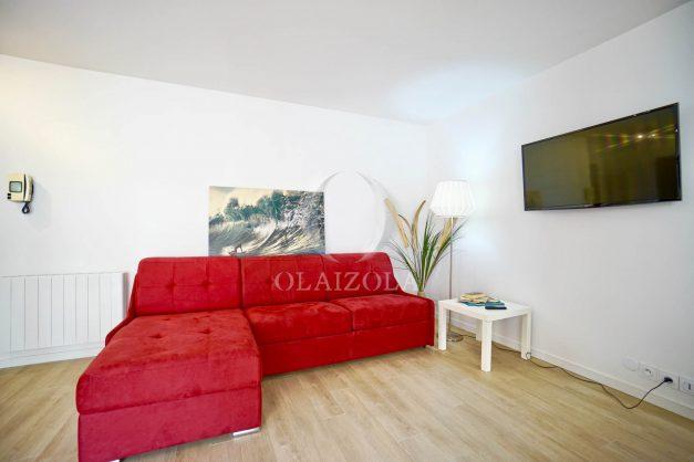 location-vacances-biarritz-appartement-proche-grande-plage-centre-ville-refait-a-neuf-4-personnes-residence-imperiale-parking-003