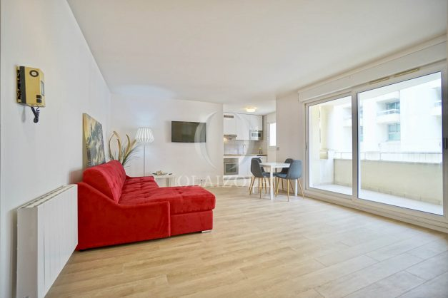 location-vacances-biarritz-appartement-proche-grande-plage-centre-ville-refait-a-neuf-4-personnes-residence-imperiale-parking-009