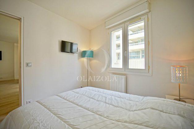 location-vacances-biarritz-appartement-proche-grande-plage-centre-ville-refait-a-neuf-4-personnes-residence-imperiale-parking-016