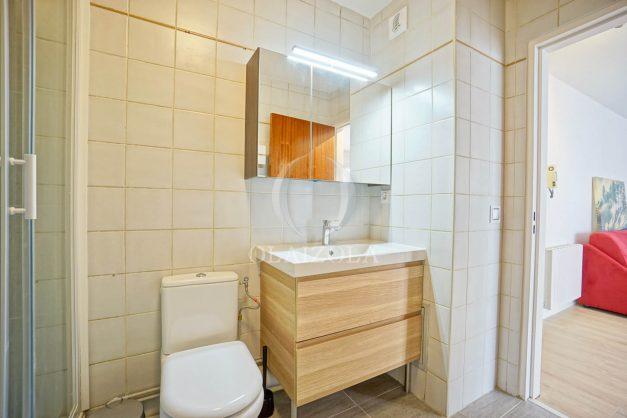 location-vacances-biarritz-appartement-proche-grande-plage-centre-ville-refait-a-neuf-4-personnes-residence-imperiale-parking-019