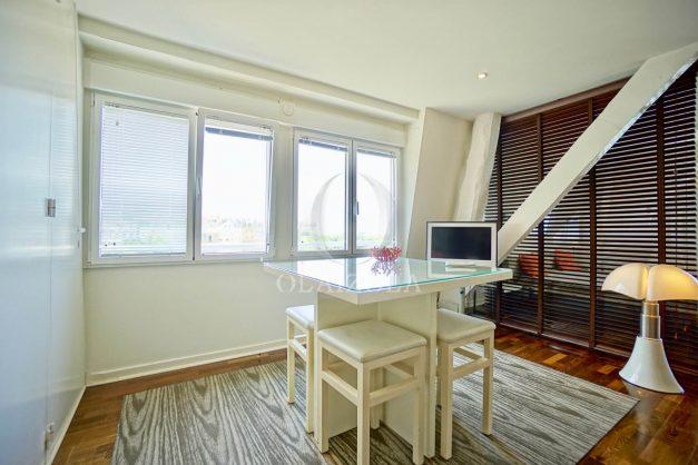 location-vacances-biarritz-clemenceau-vue-mer-dernier-etage-2pieces-vue-port-013
