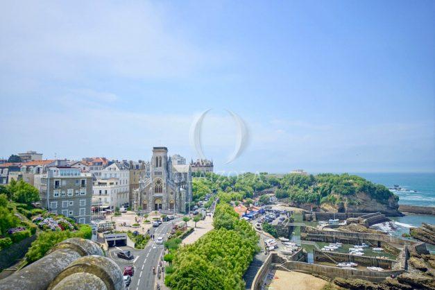 location-vacances-biarritz-clemenceau-vue-mer-dernier-etage-2pieces-vue-port-023