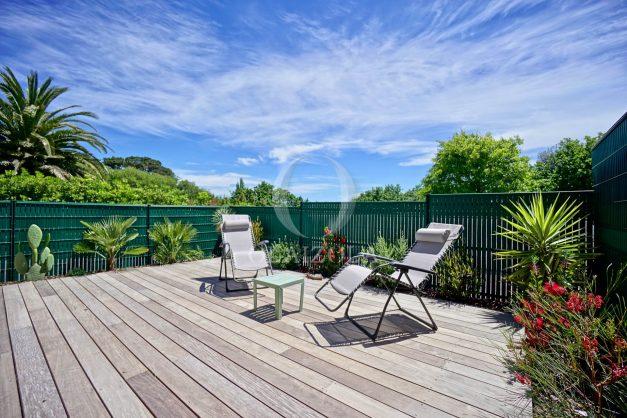 location-vacances-bidart-appartement-vue-montagne-terrasse-plein-sud-proche-mer-centre-village-plage-a-pied-biarritz-a-5-min-002