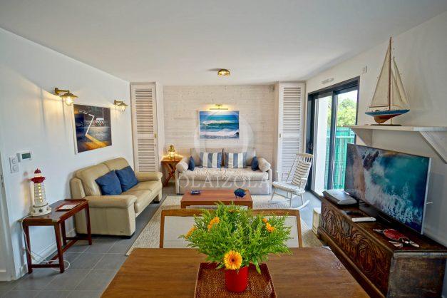 location-vacances-bidart-appartement-vue-montagne-terrasse-plein-sud-proche-mer-centre-village-plage-a-pied-biarritz-a-5-min-011