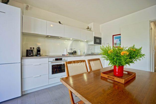 location-vacances-bidart-appartement-vue-montagne-terrasse-plein-sud-proche-mer-centre-village-plage-a-pied-biarritz-a-5-min-017
