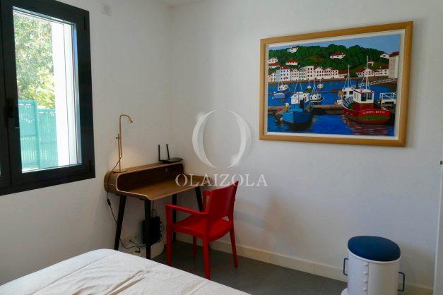 location-vacances-bidart-appartement-vue-montagne-terrasse-plein-sud-proche-mer-centre-village-plage-a-pied-biarritz-a-5-min-028