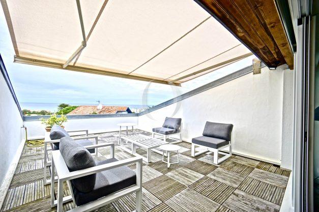 vue-mer-biarritz-location-vacances-maison-villa-plages-luxe-vue-mer-montagne-piscine-standing-unique-parking-prive-centre-ville-026
