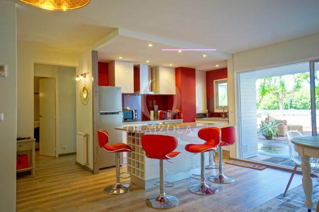 Appartement-t2-Biarritz-grande-terrasse-plage-a-pied-parking-cave-rez-de-chaussé-002