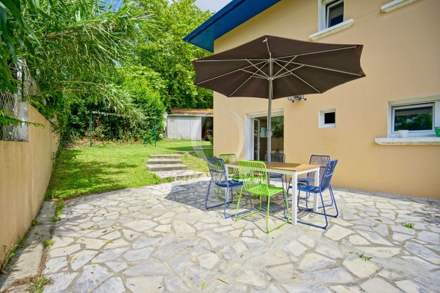 location-vacances-anglet-agence-olaizola—appartement-piscine-parking-cinq-cantons-chambre-d-amour-plage-a-pied-terrasse-plancha-012