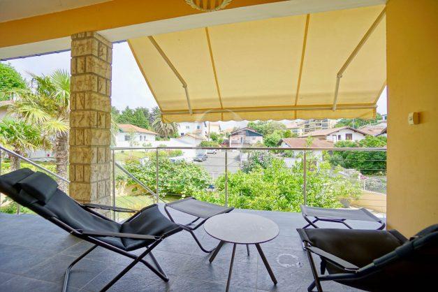 location-vacances-anglet-agence-olaizola-villa-piscine-parking-cinq-cantons-chambre-d-amour-plage-a-pied-terrasse-plancha-017