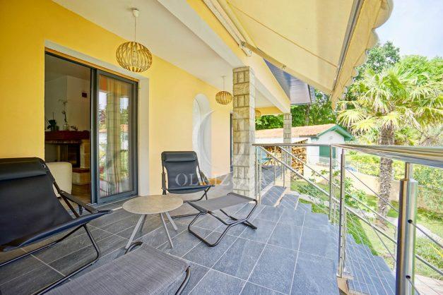 location-vacances-anglet-agence-olaizola-villa-piscine-parking-cinq-cantons-chambre-d-amour-plage-a-pied-terrasse-plancha-019