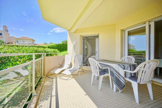 location-vacances-biarritz-agence-olaizola-proche-plage-milady-cote-des-basques-terrasse-parking-beaurivage-001