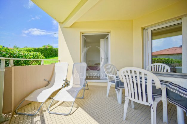 location-vacances-biarritz-agence-olaizola-proche-plage-milady-cote-des-basques-terrasse-parking-beaurivage-002