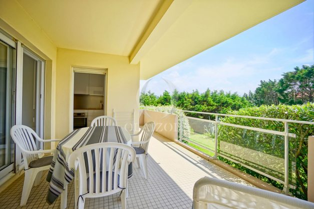 location-vacances-biarritz-agence-olaizola-proche-plage-milady-cote-des-basques-terrasse-parking-beaurivage-003