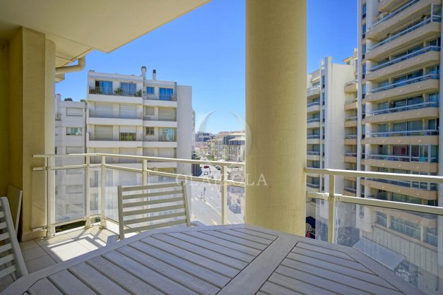 location-vacances-biarritz-appartement-t2-biarritz-centre-ville-plage-a-pied-parking-terrasse-016