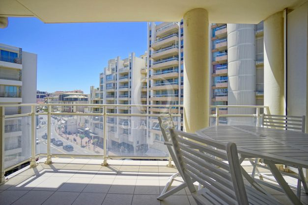 location-vacances-biarritz-appartement-t2-biarritz-centre-ville-plage-a-pied-parking-terrasse-018