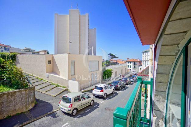 location-vacances-biarritz-appartement-t3-biarritz-centre-ville-plage-a-pied-apercu-mer-port-vieux-centre-ville-proches-halles-007
