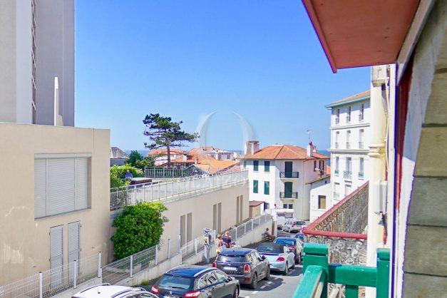 location-vacances-biarritz-appartement-t3-biarritz-centre-ville-plage-a-pied-apercu-mer-port-vieux-centre-ville-proches-halles-008