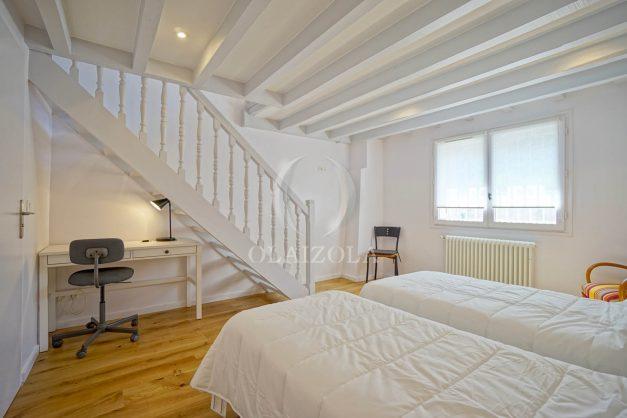 location-vacances-biarritz-appartement-t3-biarritz-centre-ville-plage-a-pied-apercu-mer-port-vieux-centre-ville-proches-halles-020