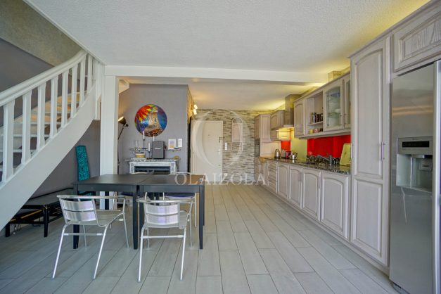 location-vacances-bidart-appartement-duplex-vue-montagne-mer-plage-a-pied-erretegia-proche-centre-commerce-residence-fronton-014