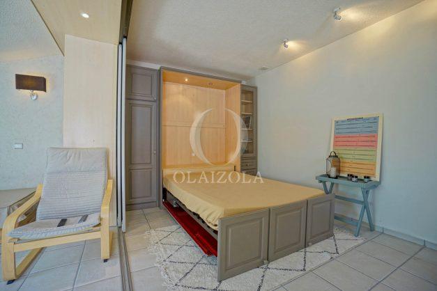 location-vacances-bidart-appartement-duplex-vue-montagne-mer-plage-a-pied-erretegia-proche-centre-commerce-residence-fronton-026